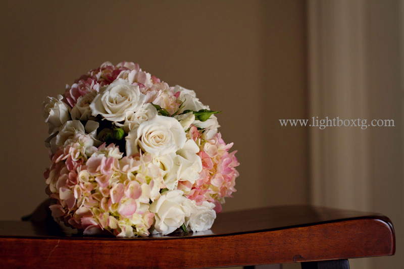 bridal bouquet of white and pink